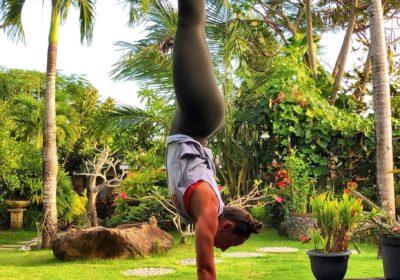Handstand YogaGen Adho Mukha Vrikshasana