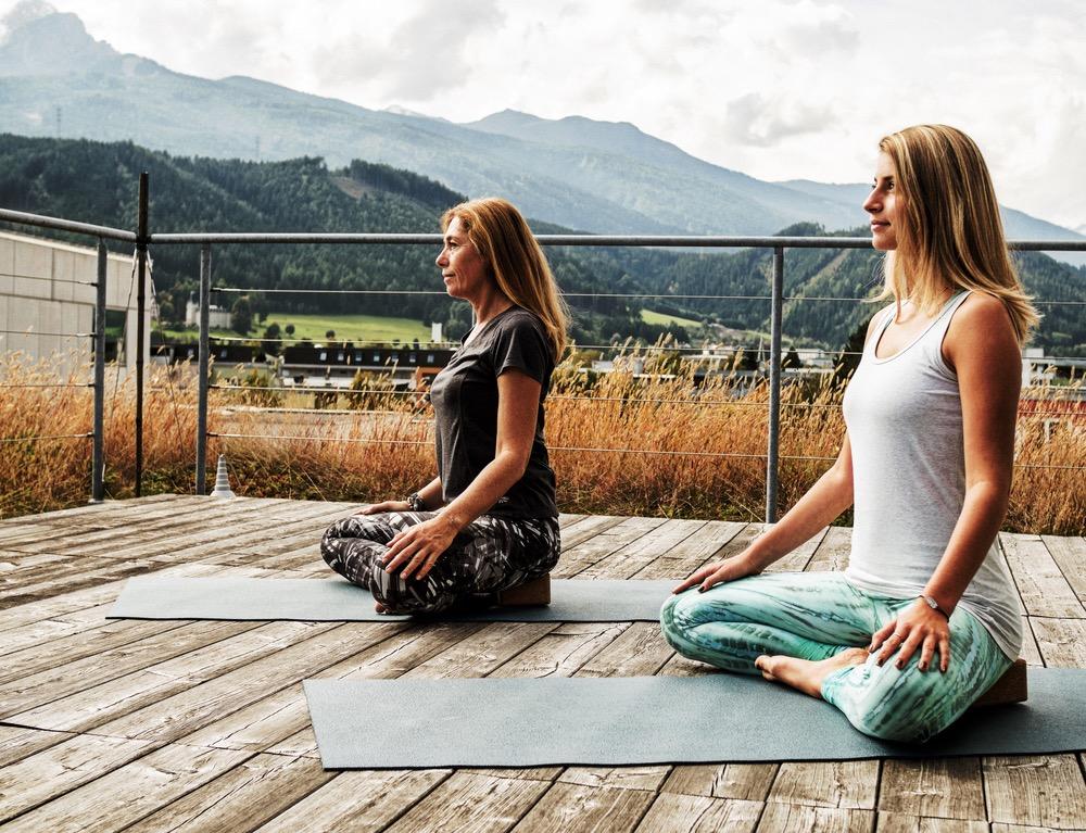 Petra und Leonie von YogaGen
