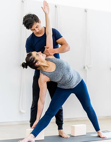 Marco Laengst Iyengar Yoga Kurs Innsbruck