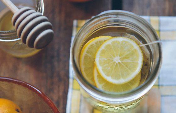 Zitronenwasser Gesundheit Yogagen