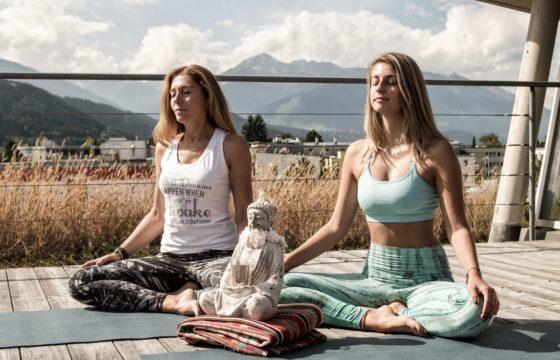 Meditation Petra u Leonie YogaGen